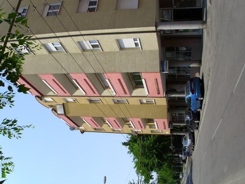 Čistenie a umývanie okien, fasády, žalúzií Trnava